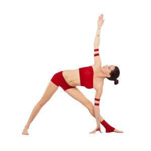 Trikonasana_Yoga-Asana_Nina-Mel